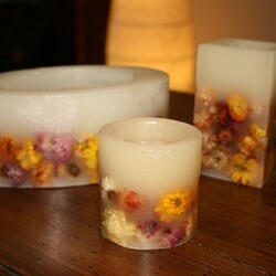 Candele-di-varie-forme-decorate.jpg